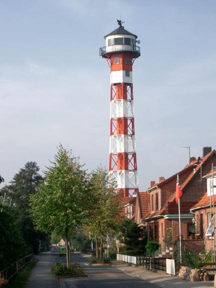 gruenendeich_leuchtturm.jpg
